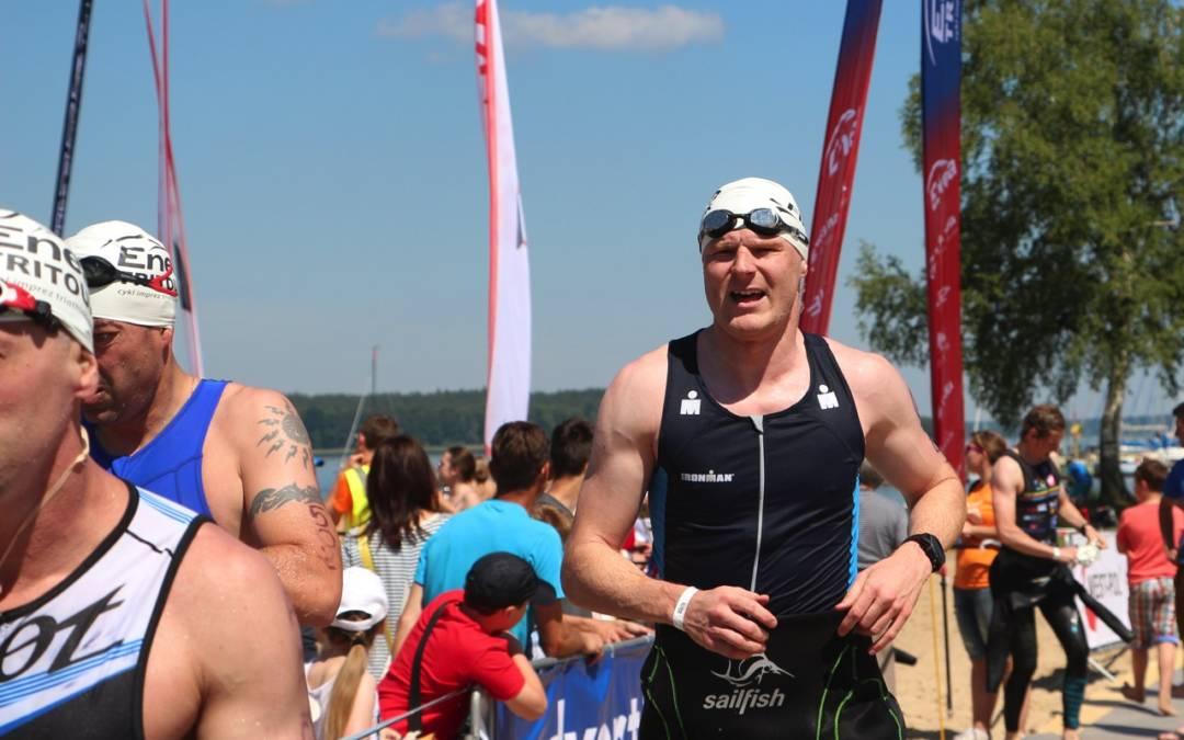 Jak zadebiutować w triathlonie: idziemy na zakupy – pływanie i akcesoria