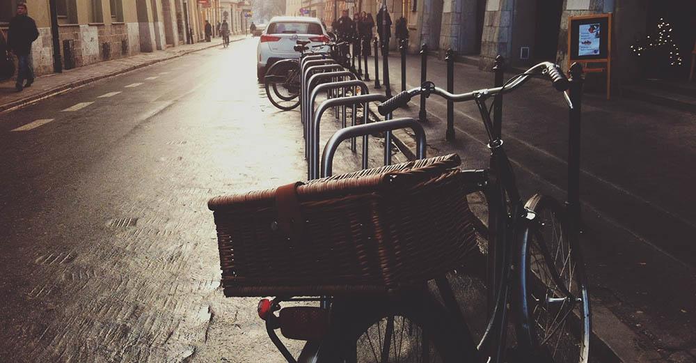 KnM #34 – Jazda rowerem po miastach i ulicach – prawo i infrastruktura