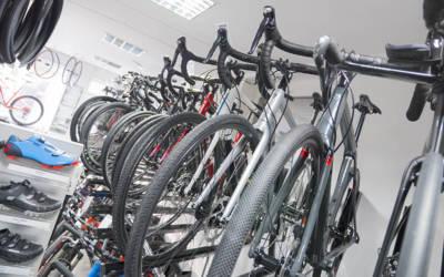 KnM #46 Rozwój technologii w kolarstwie szosowym i górskim – Łukasz Derheld z Dre Rowery
